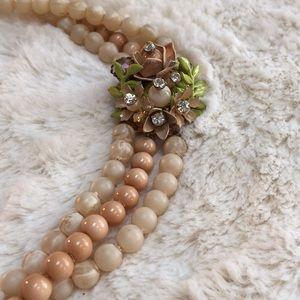 Vintage Floral Collarbone Length Choaker